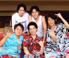 嵐 You Are My Soul, My Sunshine, Boy Bands, Memories, Actors, Shit Happens, Guys, Japan Art, Hawaii
