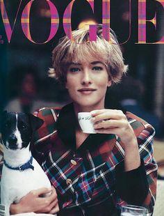 Tea, tartan, and a dog: model Tatjana Patitz poses for British #Vogue, November 1989 #editorial #style