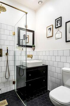 100 Awesome Scandinavian Bathroom Ideas https://carrebianhome.com/100-awesome-scandinavian-bathroom-ideas/