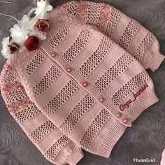 Women model women's cardigan vest and 2019 Baby Knitting Patterns, Baby Sweater Patterns, Crochet Rug Patterns, Knit Baby Sweaters, Crochet Doll Pattern, Knitting For Kids, Knitting Designs, Baby Patterns, Hand Knitting