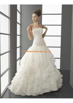 Robe de mariée avec boléro dentelle bustier drapé
