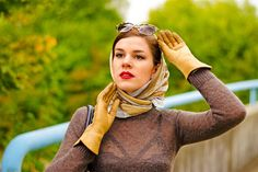 Leather Driving Gloves, Leather Gloves, Gloves Fashion, Women's Fashion, Steady Clothing, Vintage Outfits, Dita Von Teese, Vintage Scarf, Silk Scarves