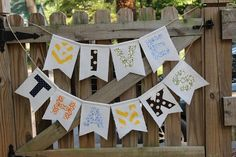 """A """"Give Thanks"""" banner that teaches kids to count blessings with pockets on back to collect notes. DIY here. LilLightOMine.com"""