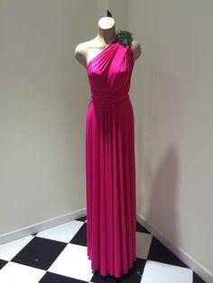 Vestido multiformas ya disponible en Imagen Feminina (Las Palmas de Gran Canaria)