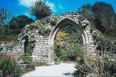 Resultado de imagem para cavaleiros templários a serviço de Deus - ruínas das casas dos cavaleiros