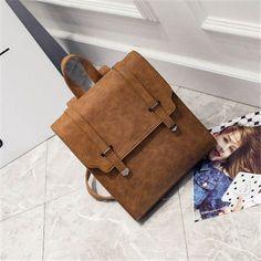 Simple Style Backpack Women PU leather Shoulder Bag For Teenage Girls Fashion Vintage Rucksack Belt Designer School Bag mochila