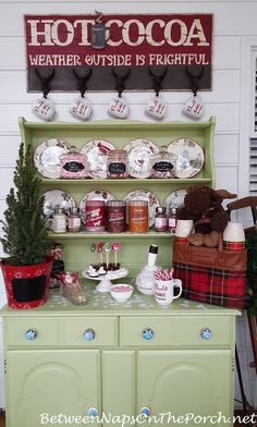 Create a Hot Cocoa Bar for Winter Entertaining Christmas Punch, Christmas Kitchen, Country Christmas, All Things Christmas, Christmas Holidays, Christmas Ideas, Happy Holidays, Christmas Decorations, Celebrating Christmas
