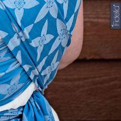 Fidella FlyTai - Mei Tai Babycarrier - Blossom Blue
