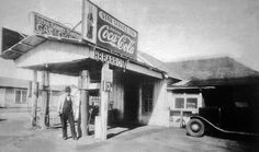 The Barrow gas station that Clyde's Daddy owned and the Barrow family lived in