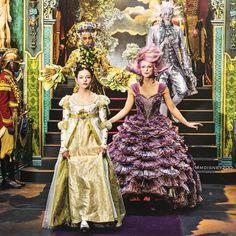 The Nutcracker and the four realms - Clara and the Sugar Plum Fairy Nutcracker Movie, Nutcracker Costumes, Nutcracker Christmas, Christmas Costumes, Ballet Russe, Mackenzie Foy, Sugar Plum Fairy, Into The Fire, Disney Fairies