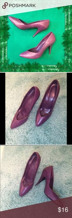 """Vintage / Pretty Purple 3"""" Heels / Size 8 Leather Vintage / Pretty Purple 3"""" Heels / Size 8 / Leather Upper / Very Good Preloved Condition / By Fast Turn. Please feel free to make an offer - Enjoy BIG discounts on bundles & save $$$ on shipping! I package safely & ship fast.  TY & Happy Poshing! 💜💜💜 S4 Fast Turn Shoes Heels"""