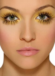Top 11 Creative Yellow Makeup Looks - Inspiration by Color Beauty Make-up, Beauty Hacks, Hair Beauty, Makeup Art, Eye Makeup, Hair Makeup, High Fashion Makeup, Fashion Face, Yellow Makeup