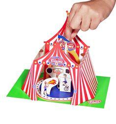 Pukaka son teatrillos de cartón para montar y contar cuentos. http://pekaypeke.com/es/37-pukaca