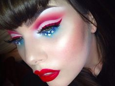 10 Fourth of July #makeup looks that are anything but cheesy for #IndependenceDay #