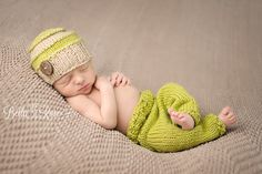 Newborn boy lime green and tan knit beanie and leggings back-lying pose | Bella Rose Portraits Southern California San Diego County newborn and baby photographer photography posing techniques