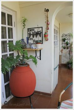 Unique plant holders : This lovely plant pot that you see here was originally used to feed fodder to the cattle!
