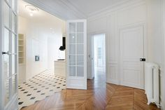 Kitchen and dining room   A+B Kasha, Luxury property in Paris