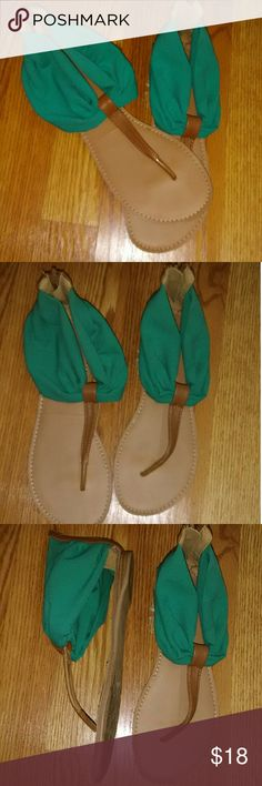 Charlotte Russe thong Sandals Excellent condition Worn once Charlotte Russe Shoes Sandals