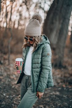 Cold Weather Outfits Casual, Cold Day Outfits, Beach Day Outfits, Snow Day Outfit, Winter Outfit For Teen Girls, Winter Outfits For School, Winter Fashion Outfits, Autumn Winter Fashion, Camping Outfits