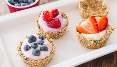 Oatmeal Cups with Yogurt and Fruit and perfect for brunch, Mother's Day, showers and any get together. An easy breakfast recipe!