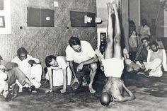 1943: Pattabhi Jois demonstrating his Ashtanga / Vinyasa Yoga ...... #vintageyoga #yogahistory #ashtanga #ashtangayoga #yoga #yogainspiration #PattabhiJois #1940s