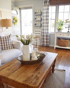 15 Exceptional DIY Farmhouse Living Room Decor For Your Guest Attraction -. - 15 Exceptional DIY Farmhouse Living Room Decor for Your Guest Attraction – Adorable 15 Extraordin - Cottage Living Rooms, Small Living Rooms, My Living Room, Home And Living, Living Room Designs, Living Room Decor, Modern Living, Simple Living, Modern Room