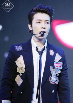 Donghae | V-Chart Yin Yue Tai Awards