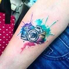 CAMARITA. MAS DE ESTOS X FAVOR #CAMERA #CAMERATATTOO #photo #photooftheday || #tinchostyle #tinchosweethome #newtraditional #newtradi #neotraditional #fullcolor #fullcolour #color #colour #tattoo #tattoos #ink #inked #tatuaje #rosario #tat2 ||...