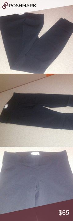 Helmut Lang Skinny legging style pant S Helmut Lang Skinny stretch pant fit like jeggings black no rips stains just got too small for me worn once fits a size 4 or 6 waist I would say 24 through 27 comfortably Helmut Lang Pants