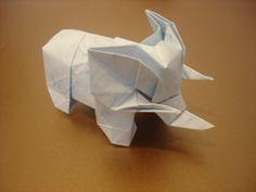 """""""Sevilla Elephant"""" (Shuki Kato)"""