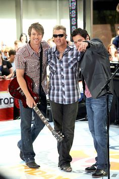 Rascal Flatts my all time fave band in the whole wide world :)