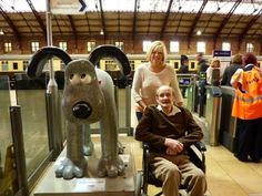 Residents of #Riversway #CareHome on the trail in #Bristol. #WallaceandGromit www.riverswaycare.com