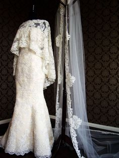 35 Statement Wedding Capes, Shawls, and Cover-Ups | OneWed