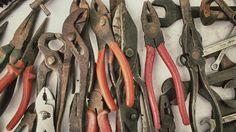 Mercado de Pulgas, Plaza Rocha #MardelPlata #MDQ #iLoveMDQ #Antigüedades #Reliquias #Antiques #Herramientas #Tools #antiguedades