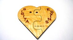 This listing is for Wedding wooden heart puzzle  - Dimensions: 25cm x 25cm ( 9.8 Inch X 9.8 Inch) - Thickness 9mm (0.3 Inch) - Material: wood - Finished with Linseed oil.