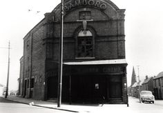 Bamborough (Bamboro') cinema Union Road Byker Unknown by Newcastle Libraries Blaydon Races, North East England, Old Images, Cinema, Exterior, Street, Prints, Photographs, Fotografie