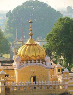 Samadhi of Guru Arjun - Old Lahore (Pakistan)