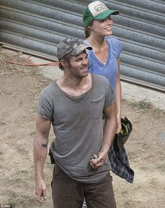 Margot Robbie plays the lead female role in the upcoming post-apocalyptic indie film Z for Zachariah with Chris Pine
