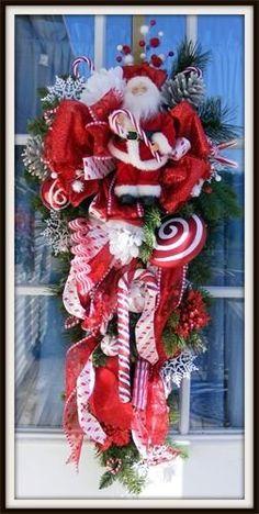 Beautiful Santa Wreaths