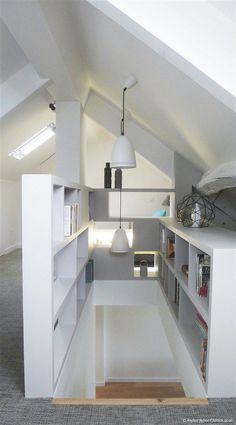 Open spaces shelves etc Attic Master Bedroom, Attic Bedroom Designs, Attic Bedrooms, Attic Design, Bedroom Loft, Attic Loft, Loft Room, Attic Renovation, Attic Remodel