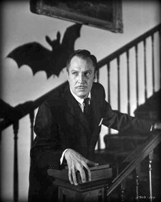 (1959) The Bat starring Vincent Price