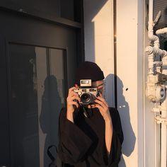 lifestyle chill lifestyle aesthetic aesthetics korean japanese aesthetic beige streets clothes korean style beige aesthetic ethereal minimalistic café coffee tiramisu walking grunge gardens street sings light soft pastel r o s i e Korean Aesthetic, Beige Aesthetic, Aesthetic Photo, Aesthetic Girl, Aesthetic Pictures, Japanese Aesthetic, Foto Casual, Foto Instagram, Ulzzang Girl