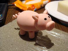 gumpaste pig tutorial
