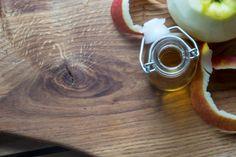 4 naturalne zamienniki komercyjnych kosmetyków, które pokochasz. Moscow Mule Mugs, Tableware, Diy, Dinnerware, Bricolage, Dishes, Handyman Projects, Do It Yourself, Fai Da Te