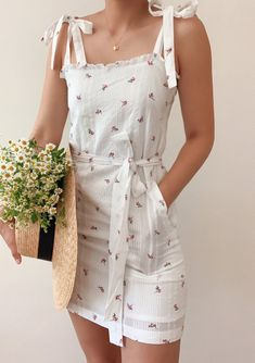 Falling for you dress - Breath of Youth Ensembles Outfit, Dress Outfits, Fashion Dresses, Casual Summer Dresses, Summer Outfits, Casual Outfits, Cute Outfits, Dress Summer, Dress Casual