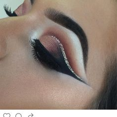 See this Instagram photo by @plouise_makeup_academy • 2,174 likes