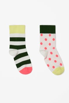 TO WEAR (Spot and stripe socks / COS)/ I say just wear them... like that.