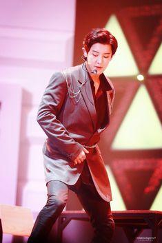Exo K, Park Chanyeol, Baekhyun, Leather Jacket, Kpop, Concert, Celebrities, Macau, Trauma