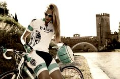 Bianchi women's outfit. Bicycles Love Girls http://bicycleslovegirls.tumblr.com/