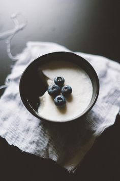 Coconut Milk and Blueberry Panna Cotta (vegan)